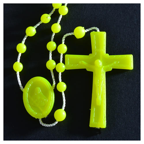 Rosenkranz, phosphoreszierend gelb Kunststoffperlen auf Nylonkordel 6