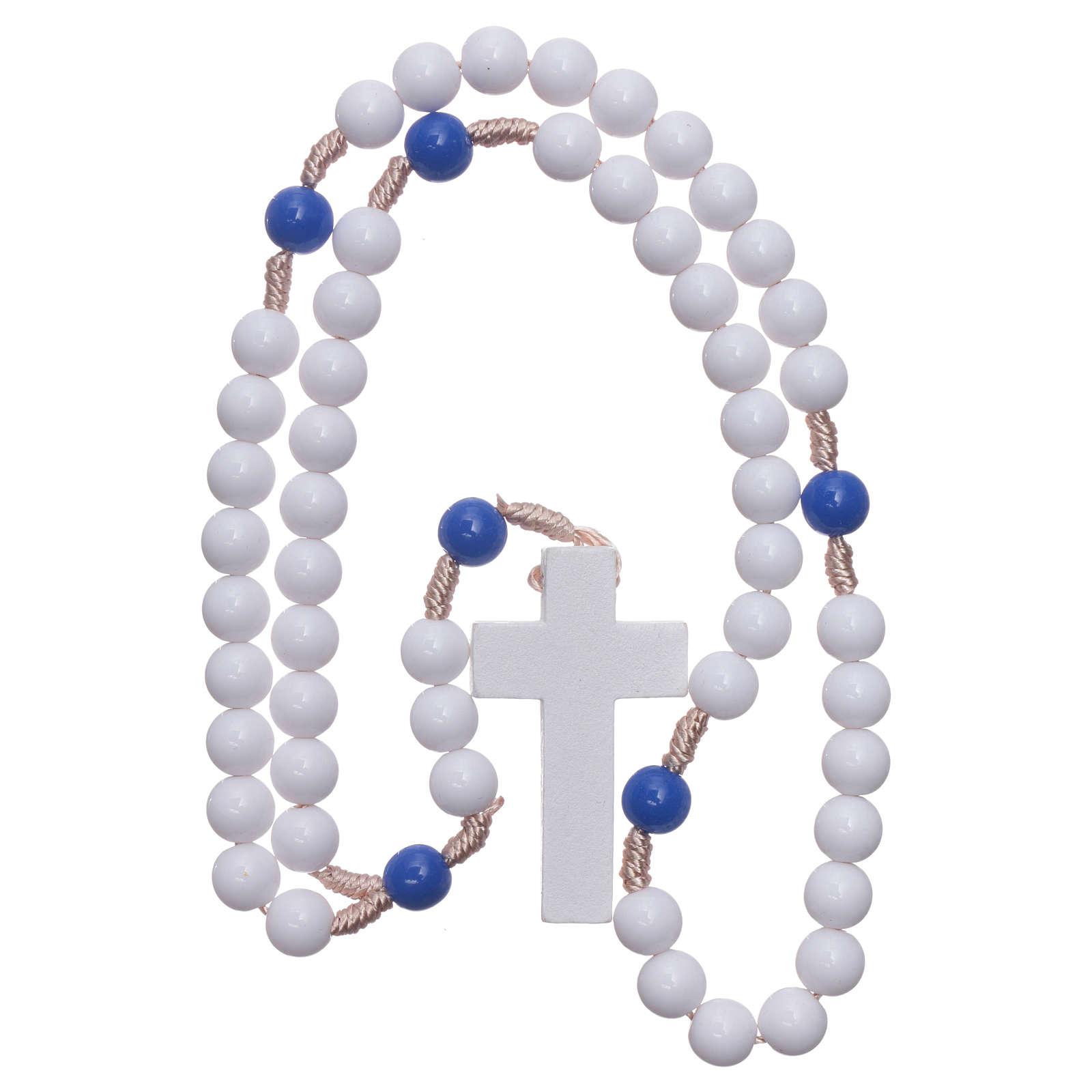 Rosario plástico cuentas blancas y padrenuestros azul 7,5 mm cuerda de seda 4