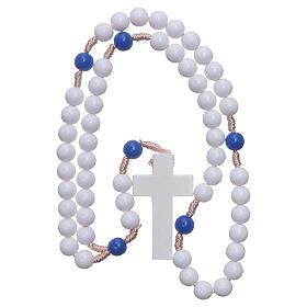 Rosario plástico cuentas blancas y padrenuestros azul 7,5 mm cuerda de seda s4