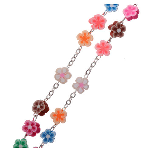 Rosary in plastic with 5x5 mm flower-shaped grains, multicolour 3