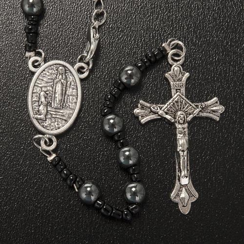 Collana rosario ematite Lourdes indossabile 2