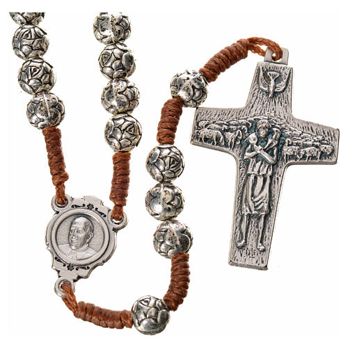 Rosary beads in metal, Pope Francis with roses and cord 1