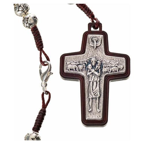 Chapelet en bois foncé et métal Pape François 3