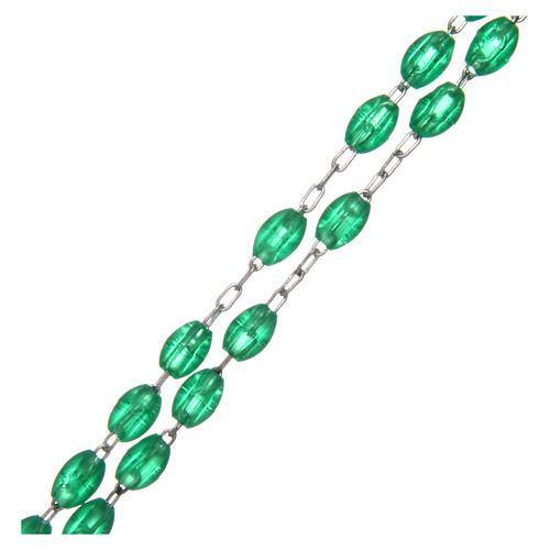 Rosario de plástico ovalado verde 5x3 mm 3