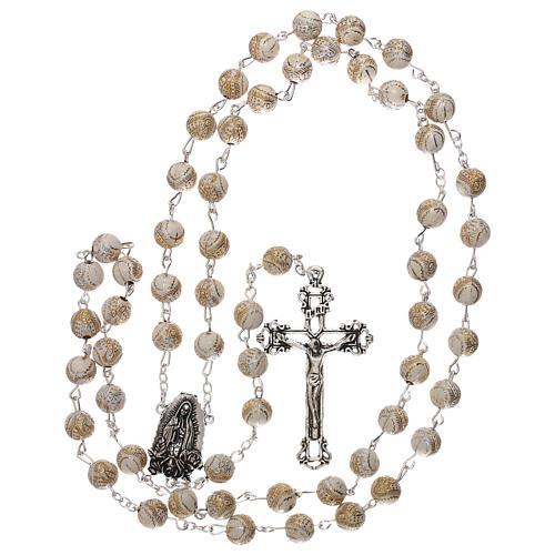 Rosario perla bianca con disegno dorato Madonna plastica 5 mm 4