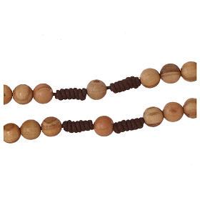 Różaniec z drewna oliwkowego z krzyżem Tau s3