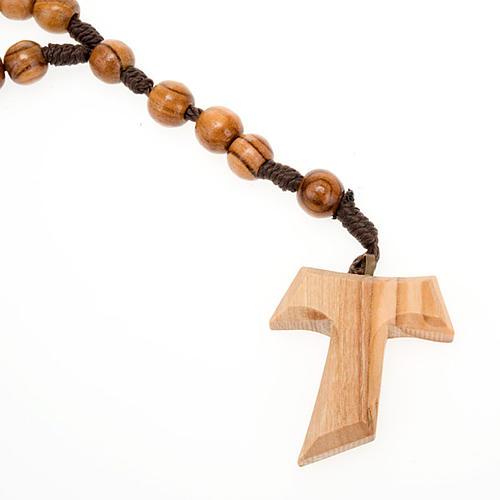 Różaniec z drewna oliwkowego z krzyżem Tau 1