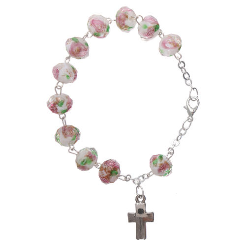 Rosary bracelet with 5x5 mm faceted white grains and roses, chain with fastener 2