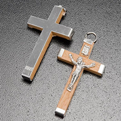 Cruz madeira corpo e verso metal bricolage terço 3
