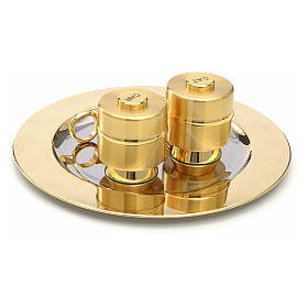 Holy Oils: set with brass stocks and a baptismal shell s3