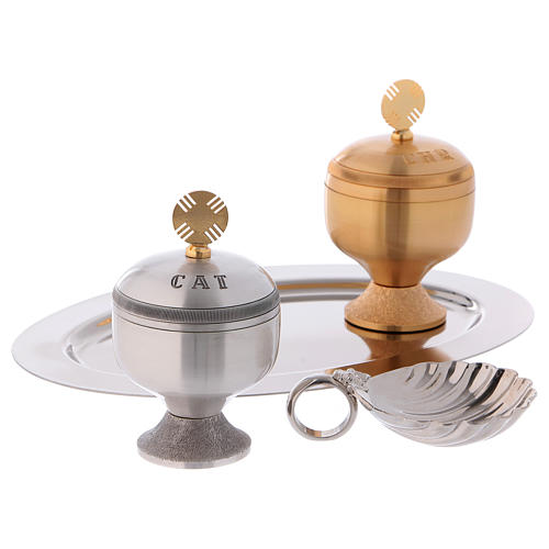 Holy oils: set with glossy stocks and a baptismal shell 2