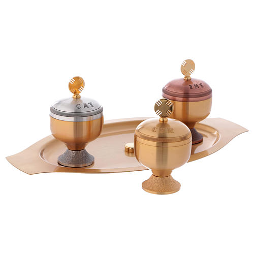 Holy oils: set with glossy stocks and saucer 3
