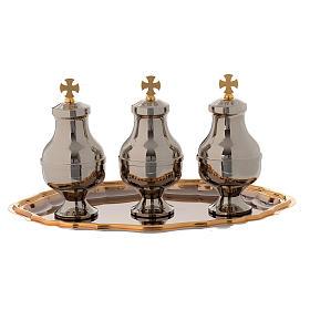Oli sacri: servizio tre brocchette piattino ottone s2