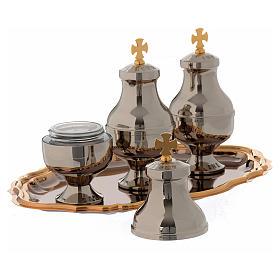 Oli sacri: servizio tre brocchette piattino ottone s6