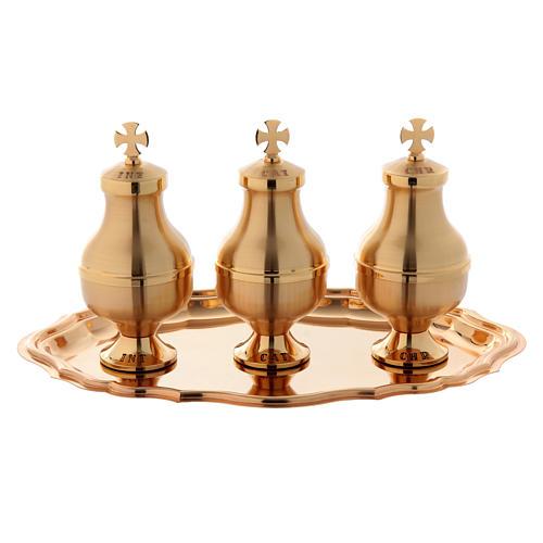 Oli sacri: servizio tre brocchette piattino ottone 1