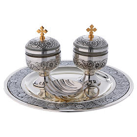 Holy oils: baptism set with two vases and a shell s1