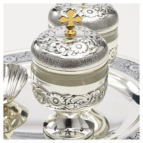 Holy oils: baptism set with two vases and a shell s6