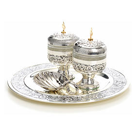 Holy oils: baptism set with two vases and a shell s9