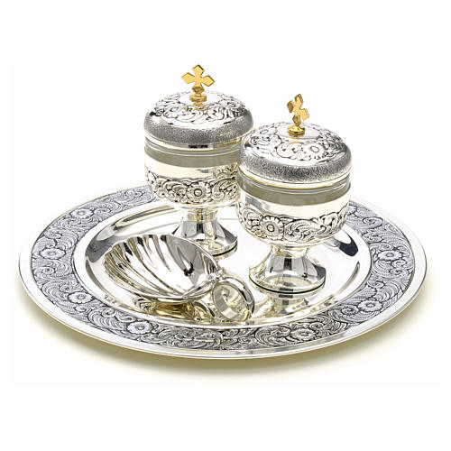 Holy oils: baptism set with two vases and a shell 2