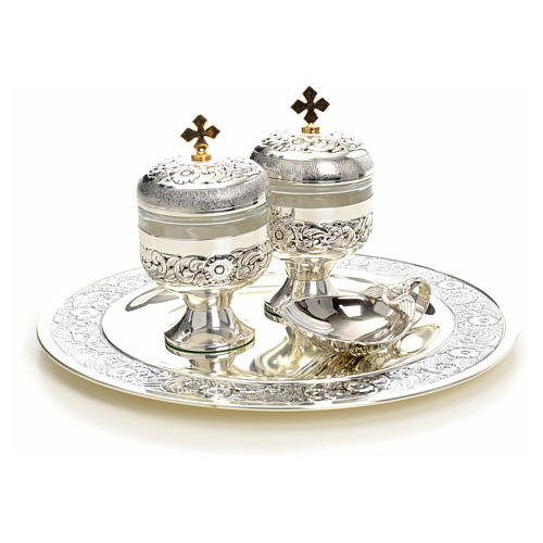 Holy oils: baptism set with two vases and a shell 11