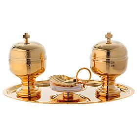 Bandeja bautismo dorado con dos frascos óleos y concha