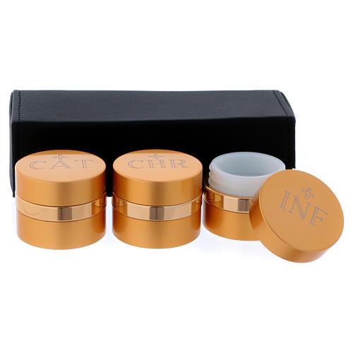 Astuccio con tre vasetti oli Sacri alluminio dorato diametro 5 cm 2