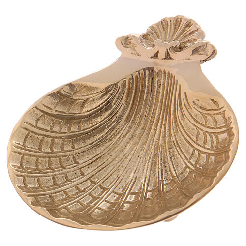 Baptismal shell with three small feet at the base 13x11 cm 1