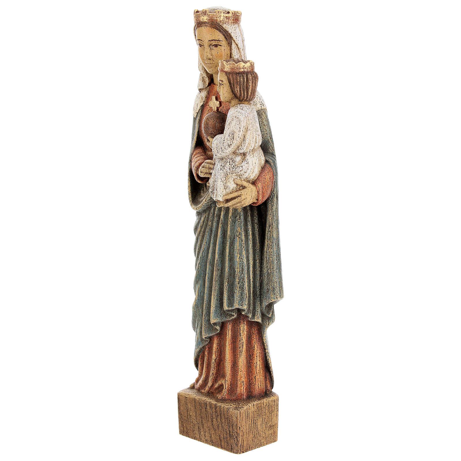 La Virgen Reina 4