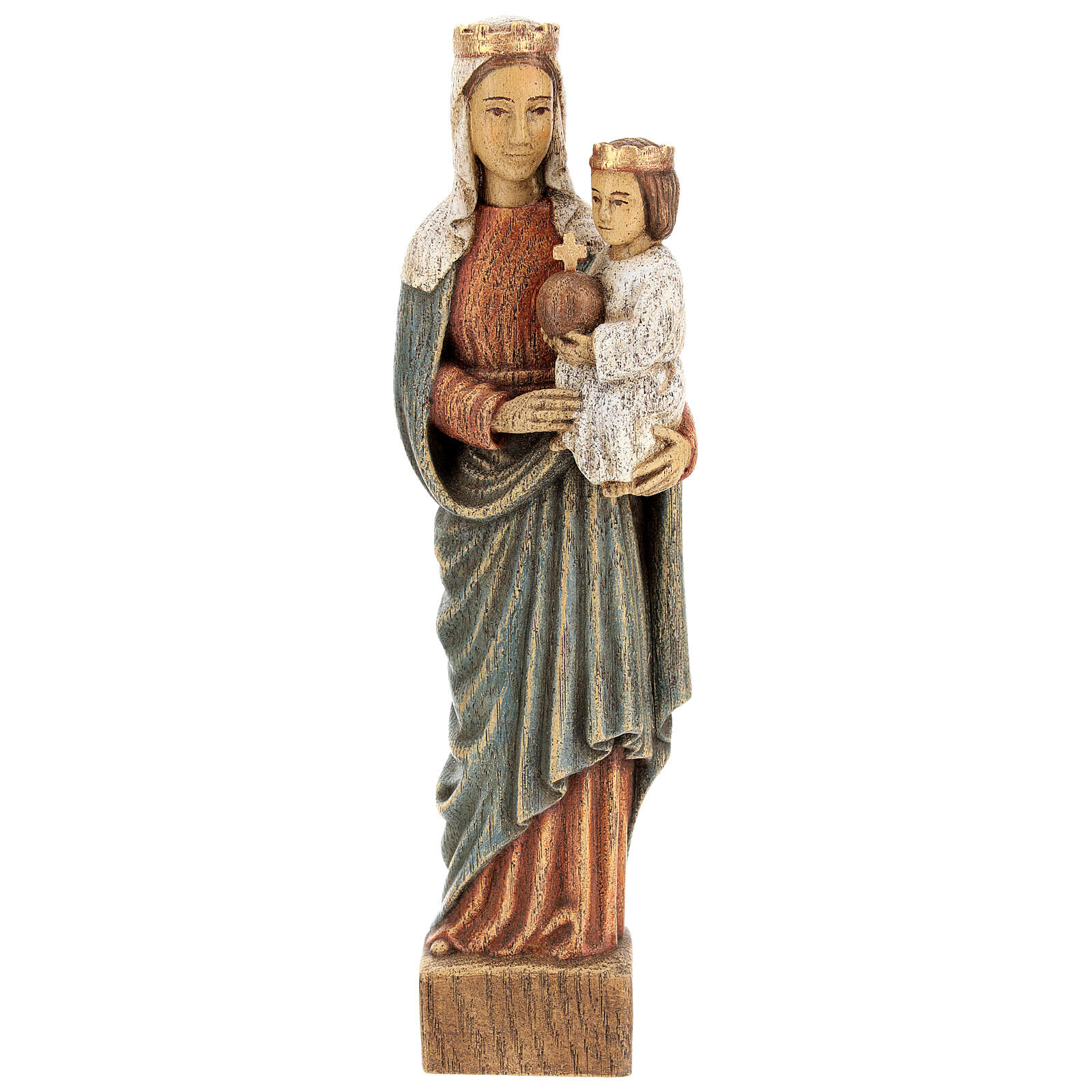 Our Lady crowned 4