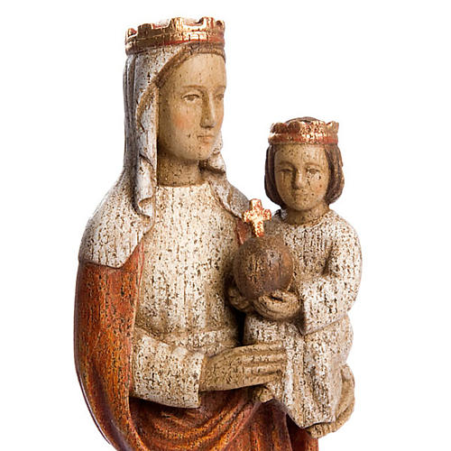 Our Lady crowned 3