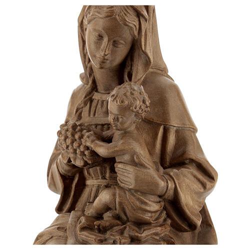 Madonna seduta con bimbo e uva legno Valgardena patinato 2