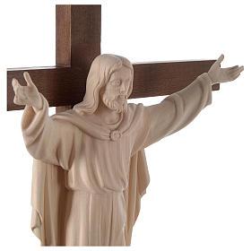 Statue Christ Ressuscité bois naturel sur croix s2