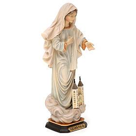 Statue Notre-Dame Reine de la Paix avec église bois peint Val Gardena s4