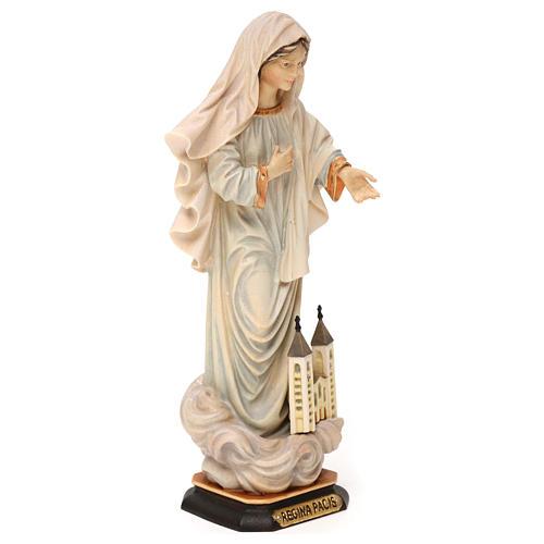Statue Notre-Dame Reine de la Paix avec église bois peint Val Gardena 4