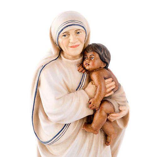 Mother Therese of Calcutta statue 2
