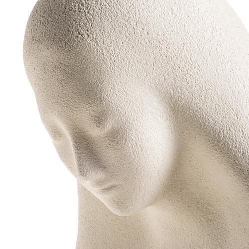 Estatua para colgar en la pared arcilla blanca Virgen de la Acogida 33cm 6