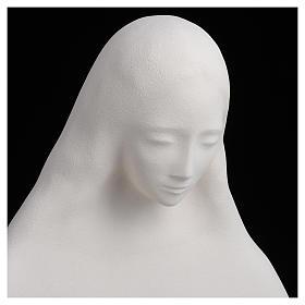 Imagem para pendurar na parede argila brnca Nossa Senhora do Acolhimento 50 cm argila s4