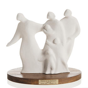 Porcelain and fireclay statues: Mary and family with wooden base 18,5 cm