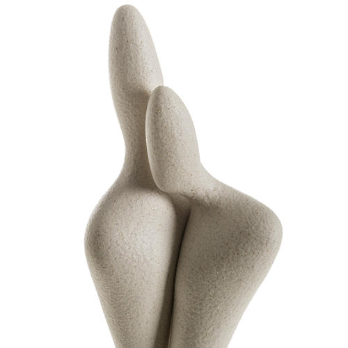 Embrace, stylised statue in porcelain 2