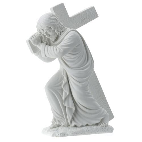Cristo con la cruz,  40 cm mármol sintético 1