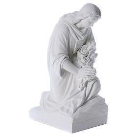 Angelo in ginocchio 60 cm polvere di marmo s4