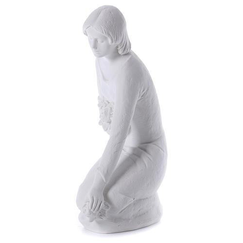 Ange à genoux avec fleurs marbre 55 cm 3