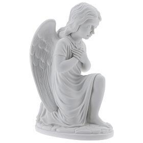 Anjo mãos no coração de joelhos mármore branco de Carrara 34 cm s4