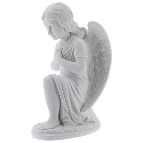 Anjo mãos no coração de joelhos mármore branco de Carrara 34 cm 3