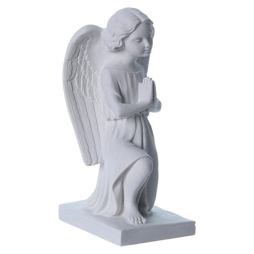 Angel, right, in reconstituted marble 25 cm 3