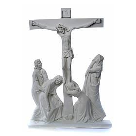 Escena de la crucifixión, mármol sintético s8
