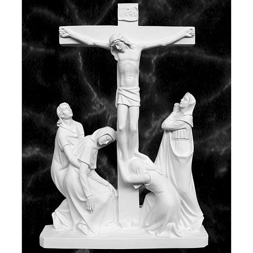 Escena de la crucifixión, mármol sintético 2