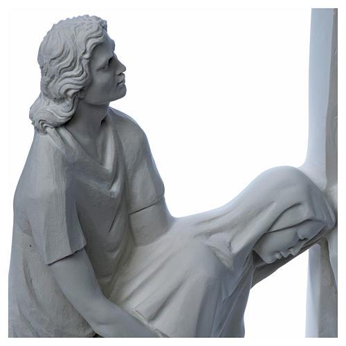 Escena de la crucifixión, mármol sintético 11
