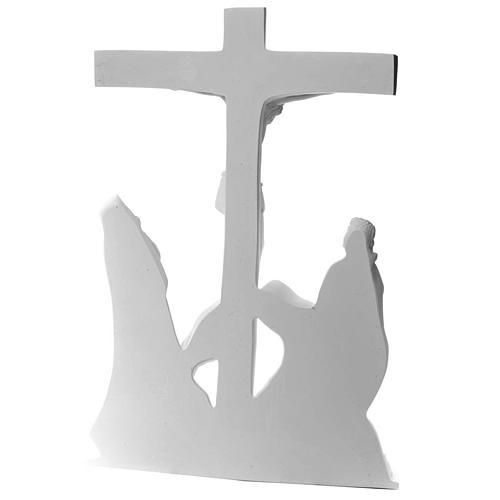 Escena de la crucifixión, mármol sintético 7
