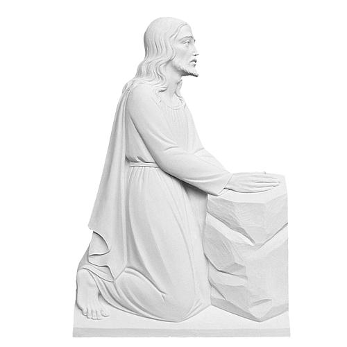 Christ on his knees in reconstituted marble, 47 cm 1